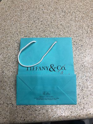Tiffany & Co bag for Sale in Henderson, NV