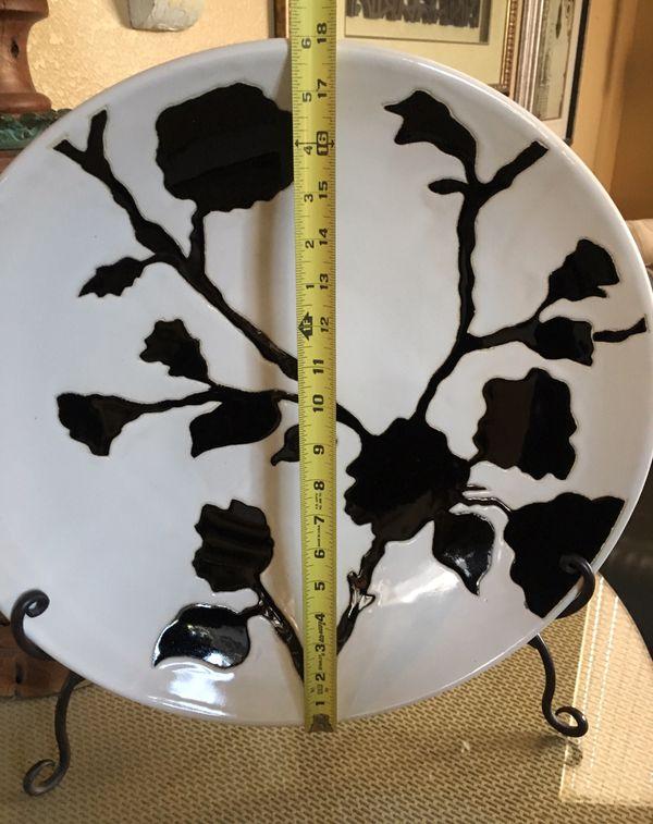 Ceramic Art Plate/Bowl Black & White