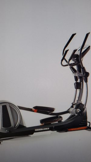 NordicTrack Elliptical for Sale in Maple Valley, WA