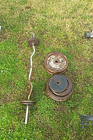 150 pounds weights with curling Bar for Sale in Houston, TX