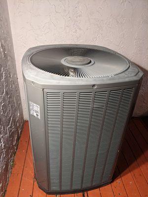Trane XR14 AC condenser for Sale in North Miami Beach, FL