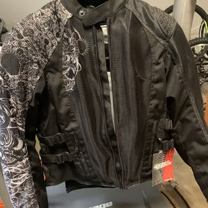 Brand New Women's Medium S And S Motorcycle Jacket for Sale in Buckley, WA