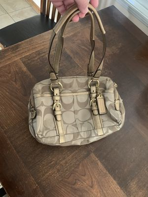 Coach Handbag for Sale in South El Monte, CA