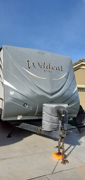 2016 Wildcat Maxx by Forest River 28 ft T24RG for Sale in Atwater, CA