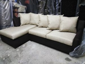 New Sofa with Chaise and full size sleeper for Sale in Thomasville, NC