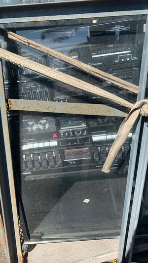 STEREO SYSTEM FROM THE 1980's Got the receiver amplifier equalizer turntable cassette deck In excellent condition for Sale in Chula Vista, CA