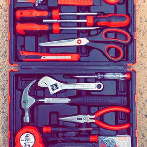 BRAND NEW 32 PIECE TOOL SET for Sale in Stanton, CA