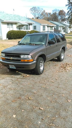 99 Chevy Blazer for Sale in St. Louis, MO
