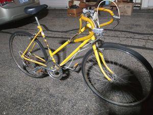 "Classic Pro-10. womens 26"" 10 speed bike. Good condition for Sale in Battle Creek, MI"