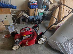 Craftsman Lawnmower for Sale in Everett, WA