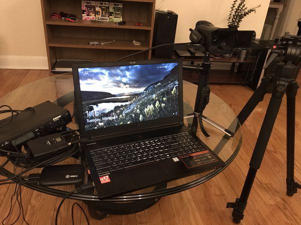 Equipo para transmitir en vivo listo para usar : live-streams equipment ready to use