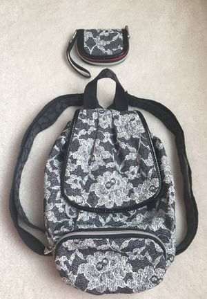Teen purse back pack and matching wallet set for Sale in Glenwood, MD