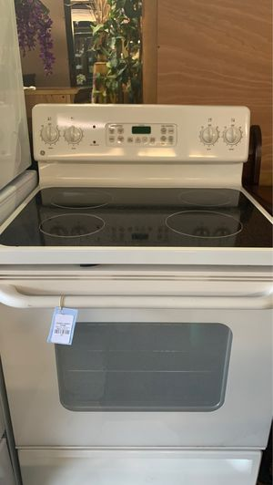GE glass top stove for Sale in Front Royal, VA