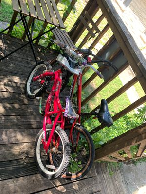 2 kids bikes for Sale in Austin, TX