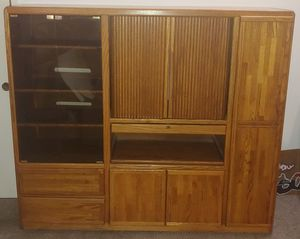 Deluxe Entertainment Center for Sale in DW GDNS, TX