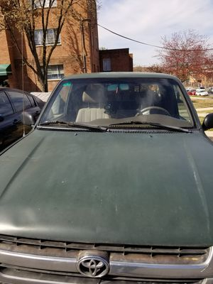 Toyota Tacoma extcab 1997 for Sale in Hyattsville, MD