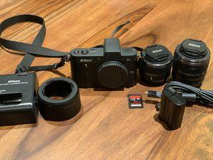 Nikon v1 mirrorless camera for Sale in San Mateo, CA