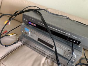DVD player for Sale in Mukilteo, WA