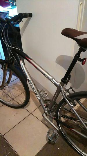 Giant Skinny wheel bike for Sale in Tampa, FL