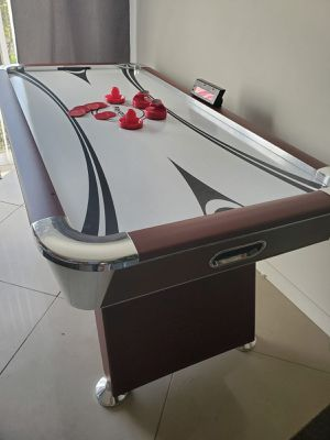 Air hockey table for Sale in Delray Beach, FL