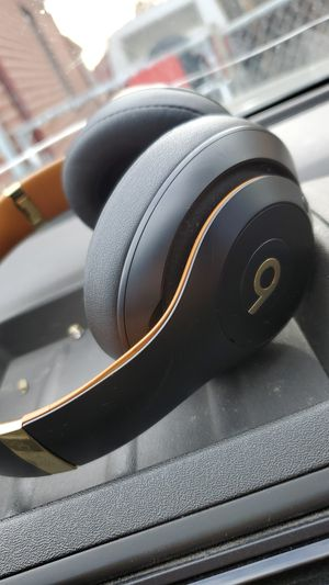 Beats studio 3 head phones for Sale in Arvada, CO
