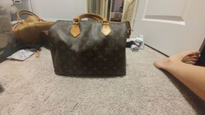 Authentic Louis Vuitton speedy 40 for Sale in Wake Forest, NC