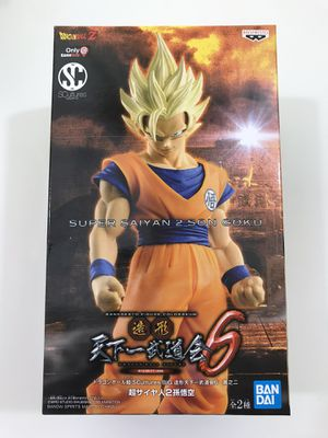 DragonBall Z Super Saiyan Goku Statue Figure New for Sale in Los Angeles, CA