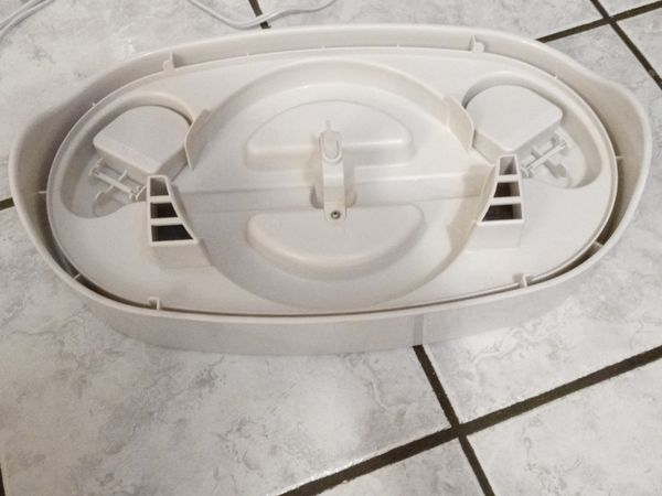 Honeywell 3 gal humidifier -hev685w