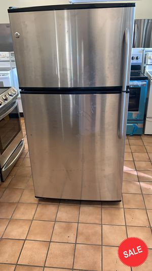 BLOWOUT SALE!GE Refrigerator Fridge LOWEST PRICES! Working Condition #1550 for Sale in Glen Burnie, MD