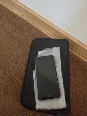 iPhone 6 s plus for Sale in St. Louis, MO