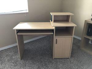 Computer Desk for Sale in Miramar, FL