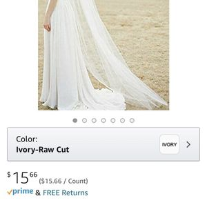 Wedding Veil Used For photos Only for Sale in Fullerton, CA