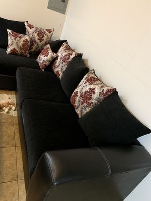 Couch for Sale in El Cajon, CA