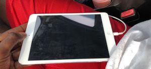 Apple ipad mini 3 for Sale in Saint CLR SHORES, MI