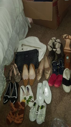 Lot shoes and purses for Sale in Milpitas, CA