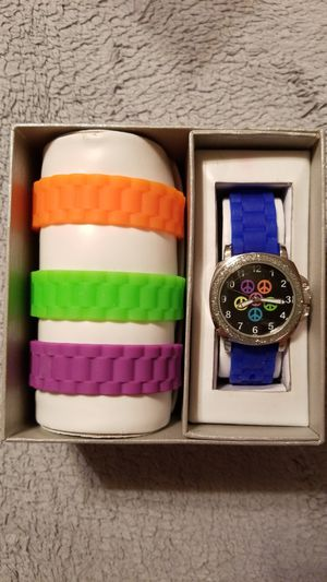 Peace Sign Watch With Extra Bands, Brand New, Needs Battery for Sale in Frederick, MD