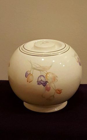 Cookie Jar - Homer Laughlin with Tulips Ball shape for Sale in Washington, DC