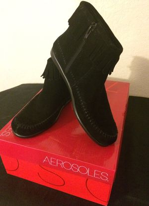 WOMEN/Girls AREOSOULS BOOTS for Sale in Riverside, CA