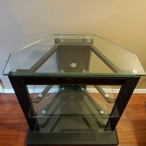 Glass tv Stand for Sale in Monroe, WA