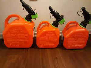 Gas tanks $10 Each 1is 2gallon the other 2 are 1galllon for Sale in Los Angeles, CA