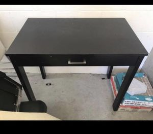 Small back desk for Sale in Orlando, FL