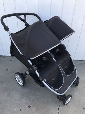 DOUBLE STROLLER BRITAX for Sale in Los Angeles, CA