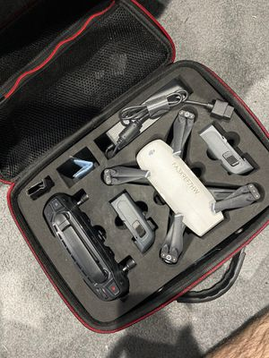 DJI Spark Fly More Combo for Sale in Indianapolis, IN