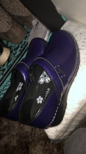 Koy Nursing Shoes for Sale in Merced, CA