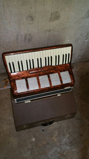 Accordion 4 reeds for Sale in Third Lake, IL
