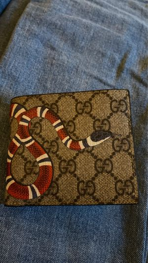 Gucci kingsnake wallet for Sale in San Marcos, CA