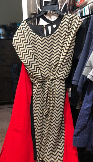 Used dress size Lg for Sale in El Centro, CA