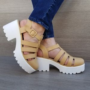 Chunky platform 90s spring/ summer size 5.5-10 for Sale in Silver Spring, MD