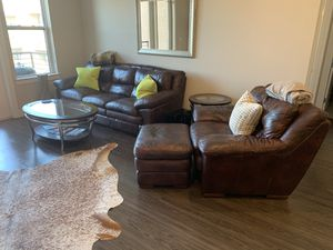 Well cared for living room suite for Sale in Dallas, TX