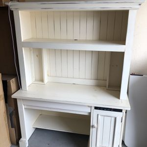 Desk Still Available for Sale in Peoria, AZ